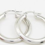 Round silver diamond cut hoop earring SB77 30mm tall and 29mm wide 2