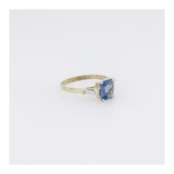 10k Yellow Gold Syntetic purple gemstone ring ajr36 Size: 7.5 4